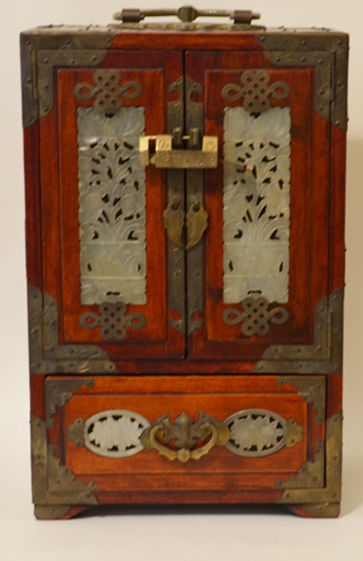 ANTIQUE CHINESE JEWELRY CHEST
